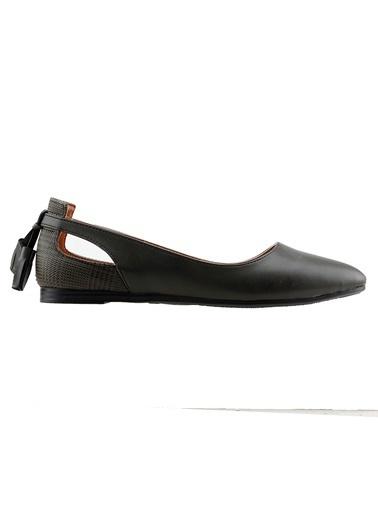 Ayakland Ayakland 1920-204 Günlük Fiyonklu Sandalet Bayan Cilt Babet Ayakkabı Yeşil